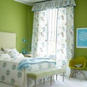 十分飘逸的卧室窗帘