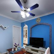 小户型蓝色电视背景墙