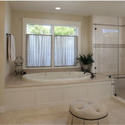 卫生间舒适浴缸展示