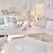 白色简约客厅沙发