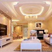 客厅金色装潢
