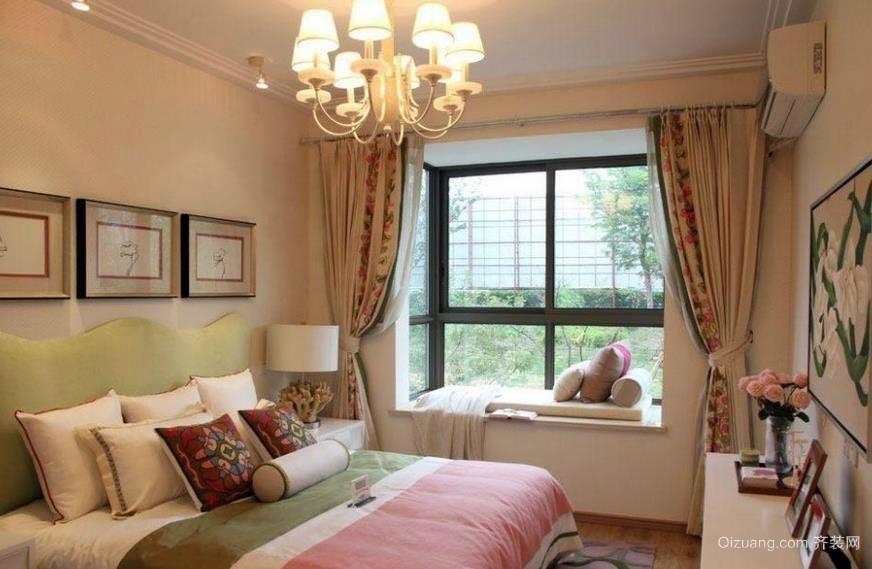 田园风格30平米卧室飘窗窗帘装修效果图