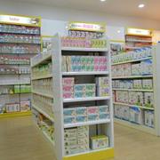 干净整洁的孕婴店