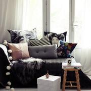 小公寓客厅飘窗