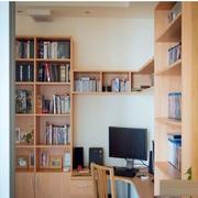 原木色的家居书柜