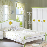 清新绿色的卧室