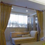 别墅卧室暖色调阳台