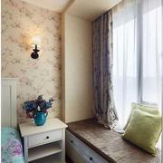 卧室舒适温馨飘窗