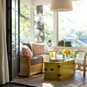 舒适阳台沙发布置