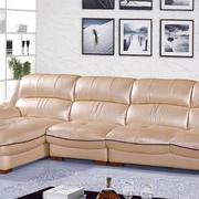 客厅米黄色的沙发