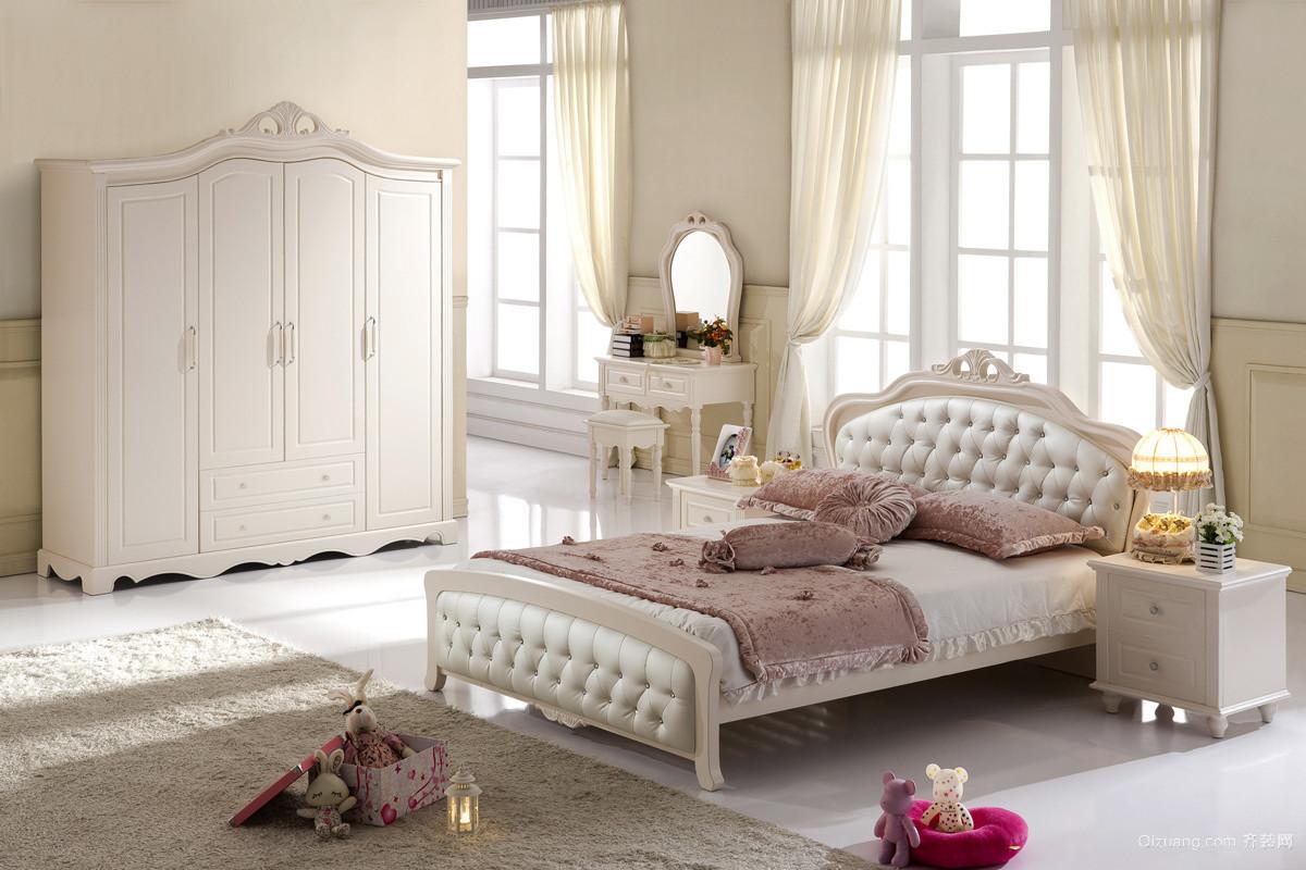 淡金色现代都市风格卧室背景墙装修效果图欣赏