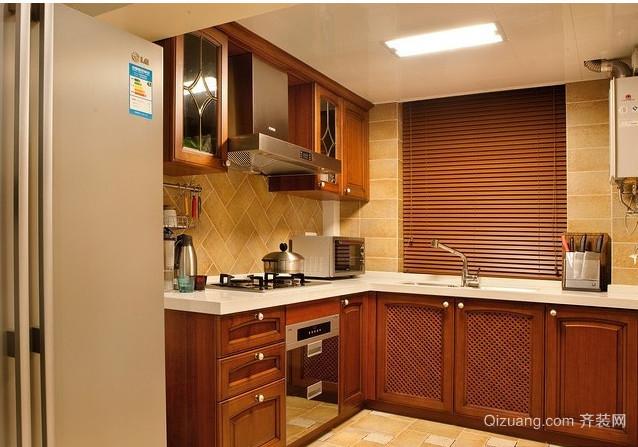2015三室二厅令人心动的简欧厨房装修效果图