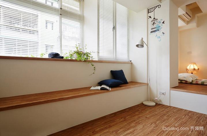 清新淡雅的木色阳台设计装修效果图