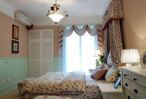 120平米清新家庭主卧室飘窗窗帘装修效果图
