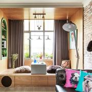 复古典雅的客厅飘窗