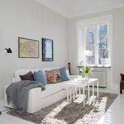 简洁现代客厅飘窗