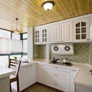 完美的厨房装修效果图