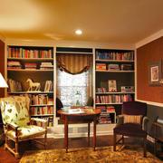 造型时尚的书柜