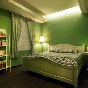 绿色清爽的卧室