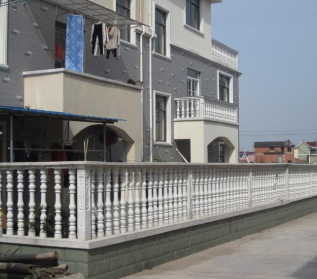 乡村小 洋房 家庭阳台护栏小型 罗马柱 装修效果图