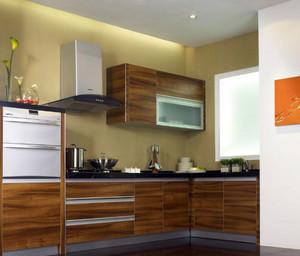 宜家舒适的厨房橱柜