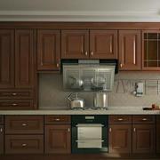 温暖深色的厨房展示