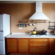原木色的厨房欣赏