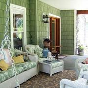阳台舒适沙发布置
