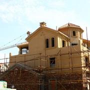 正在施工中的农村房屋