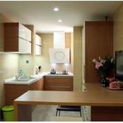 原木色的家居厨房