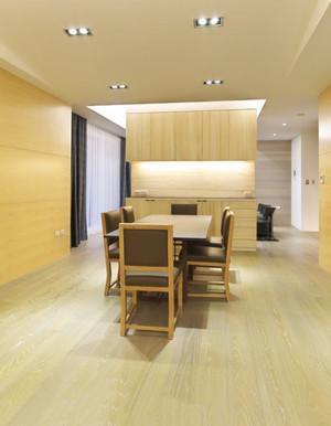 朴素的现代木制餐厅背景墙装修效果图
