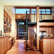 小型铁艺阁楼楼梯