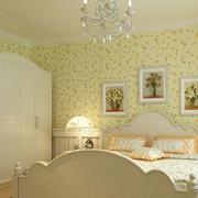 三室两厅甜美的卧室