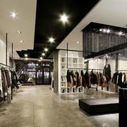 衣服店走廊吊顶展示
