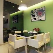 清新餐厅绿色背景墙
