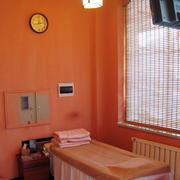 橙色店面吊顶展示