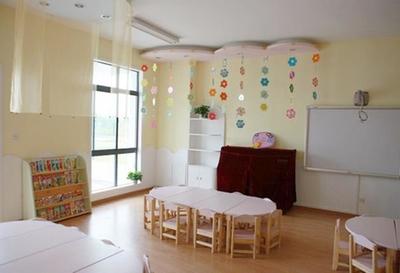 温暖清新幼儿园室内环境布置装修设计图片
