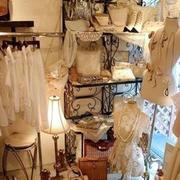 现代美式服装店