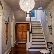 阁楼楼梯图片展示