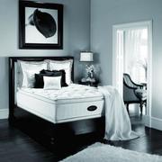 三室两厅黑白色卧室设计