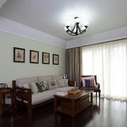 商品房客厅实木沙发