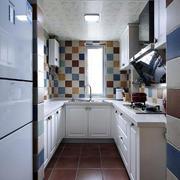 白色靓丽厨房展示