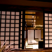饭店日式推拉门