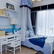 三室两厅卧室床幔欣赏