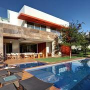 别墅游泳池设计效果图