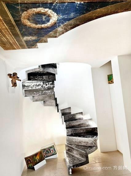 30平米阁楼书房旋转楼梯装修效果图