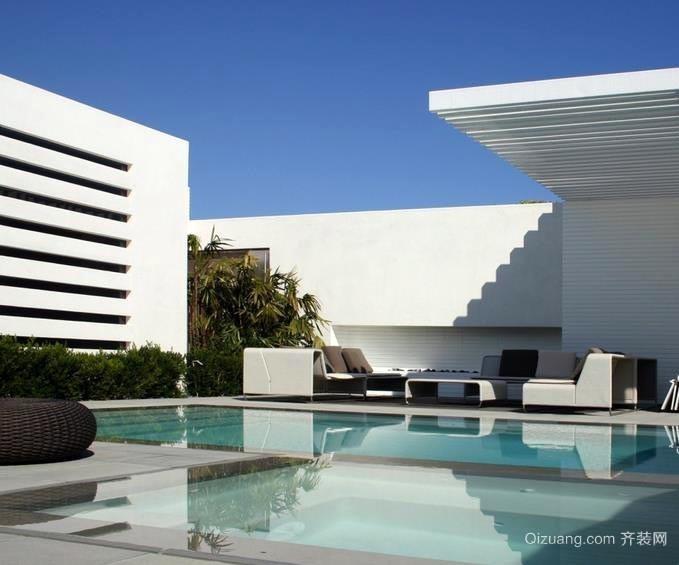 奢华独栋别墅户外休闲游泳池装修效果图片