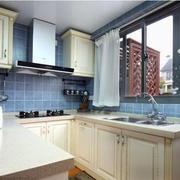 北欧厨房米白色橱柜