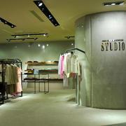 精品大户型服装店