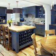 美式深蓝色厨房